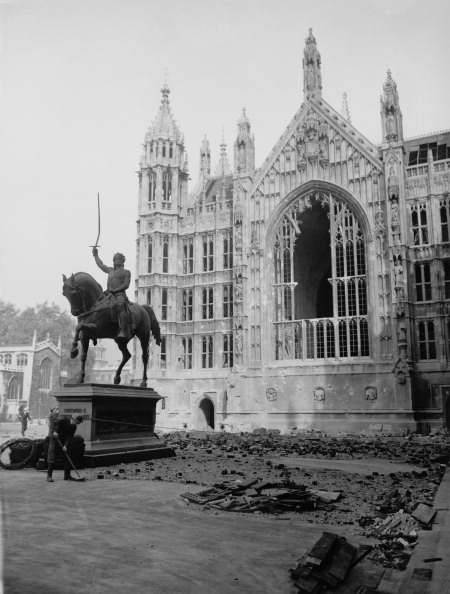 Bomb Damage「Parliament Blitzed」:写真・画像(19)[壁紙.com]