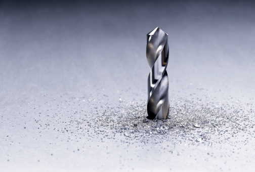 Drill Bit「Bit Drilling Through Metal」:スマホ壁紙(7)