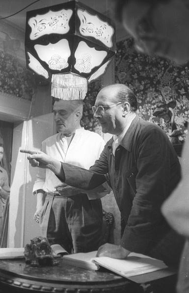Roberto Rossellini - Film Director「Film director Roberto Rossellini with Vittorio De Sica during the movie 'General della Rovere' 1959」:写真・画像(13)[壁紙.com]