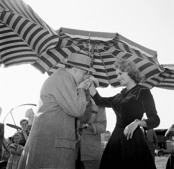 Umbrella「Sophia Loren」:写真・画像(6)[壁紙.com]