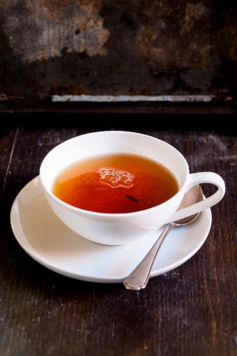 Porcelain「Black tea in white porcellain cup」:スマホ壁紙(7)