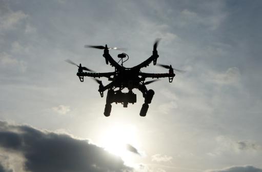 無人航空機「Drone at Sunset」:スマホ壁紙(2)