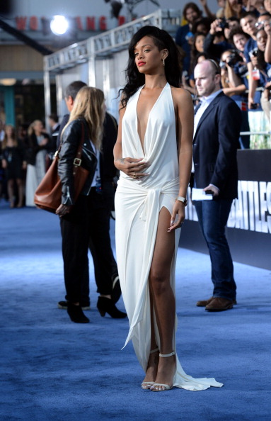 "International Landmark「Premiere Of Universal Pictures' ""Battleship"" - Arrivals」:写真・画像(7)[壁紙.com]"
