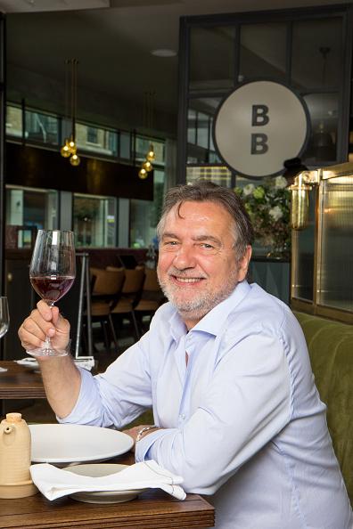 Wineglass「Raymond Blanc」:写真・画像(17)[壁紙.com]
