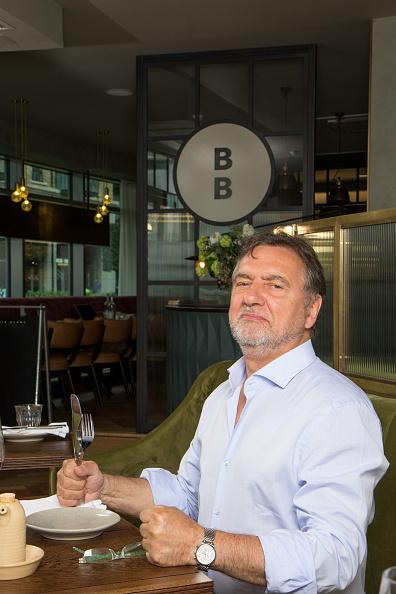 男性一人「Raymond Blanc」:写真・画像(18)[壁紙.com]