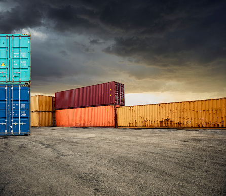 Rusty「Shipping Containers」:スマホ壁紙(8)