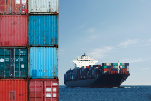 Pacific Ocean「Shipping Containers and Ship」:スマホ壁紙(10)