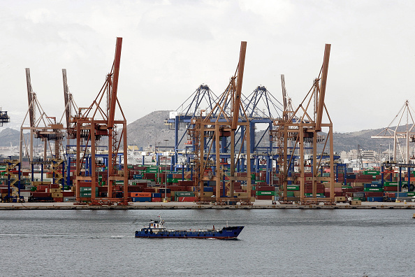 Pier「Syriza Government Hampers Expansion Of Chinese Run Port Of Pireaus」:写真・画像(1)[壁紙.com]