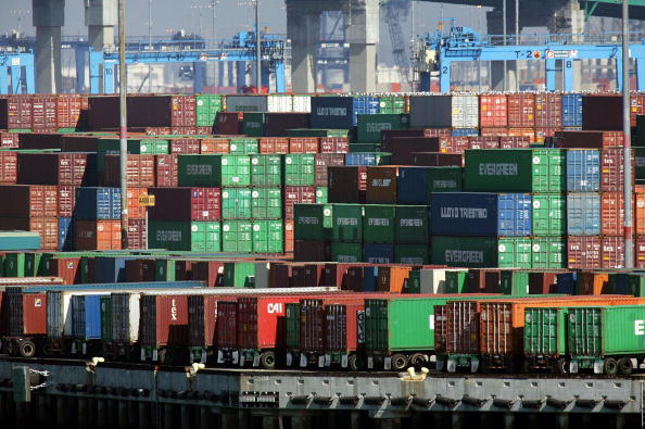 Container「Record U.S. Trade Deficits Set In 2005」:写真・画像(8)[壁紙.com]
