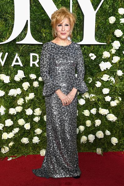 カメラ目線「2017 Tony Awards - Arrivals」:写真・画像(2)[壁紙.com]