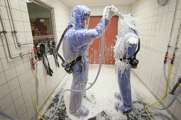 Efficiency「Berlin Hospital Prepares For Possible Ebola Cases」:写真・画像(8)[壁紙.com]