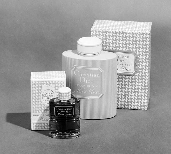 Bottle「Miss Dior」:写真・画像(0)[壁紙.com]