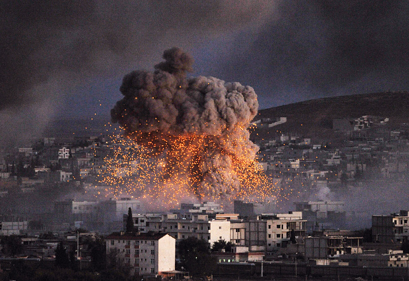 Car Bomb「Syrian Kurds Battle IS To Retain Control Of Kobani」:写真・画像(19)[壁紙.com]