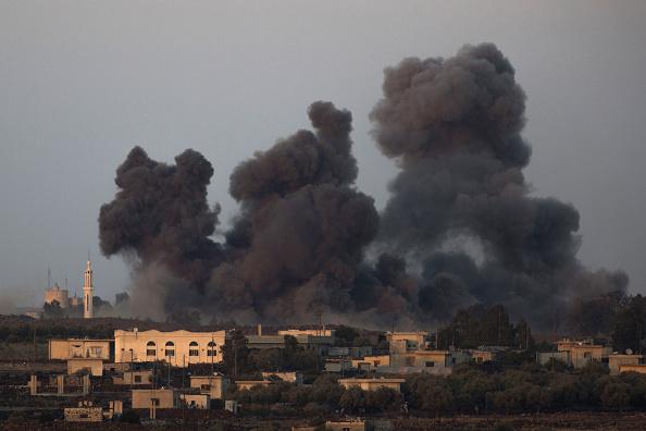 Exploding「Russian Air Strike Near The Israeli-Syrian Border」:写真・画像(3)[壁紙.com]