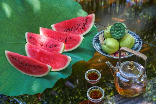Carp「The pond water melon」:スマホ壁紙(2)