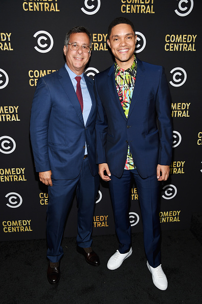 Blue Blazer「Comedy Central's Emmys Party 2018」:写真・画像(4)[壁紙.com]