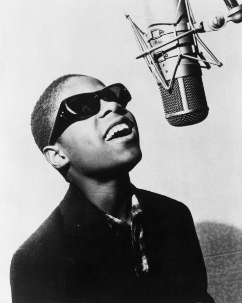 Microphone「Stevie Wonder」:写真・画像(17)[壁紙.com]
