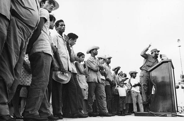 Speech「Castro At Podium」:写真・画像(10)[壁紙.com]