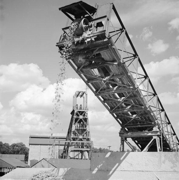Obsolete「Mining Slag Heap」:写真・画像(8)[壁紙.com]