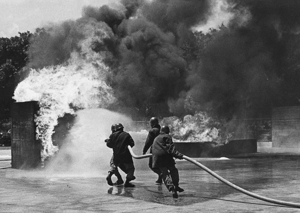 Spray「Trainee Firemen」:写真・画像(15)[壁紙.com]