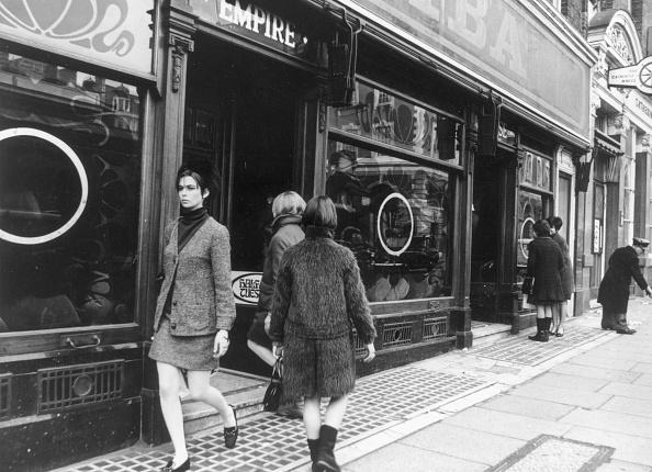 George Freston「London Boutique」:写真・画像(19)[壁紙.com]