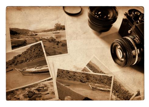 Souvenir「Vintage travel photos with analog camera, retro look, sepia toned」:スマホ壁紙(16)