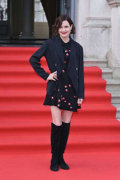 Knee Length「'The Wife' UK Premiere - Red Carpet Arrivals」:写真・画像(10)[壁紙.com]
