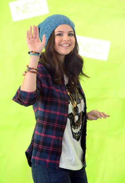 Knit Hat「Selena Gomez News Conference」:写真・画像(0)[壁紙.com]