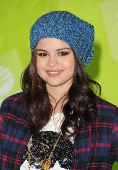 Blue Hat「Selena Gomez News Conference」:写真・画像(14)[壁紙.com]