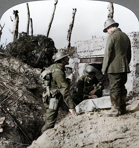 Surrendering「Captured German Blockhouse」:写真・画像(2)[壁紙.com]