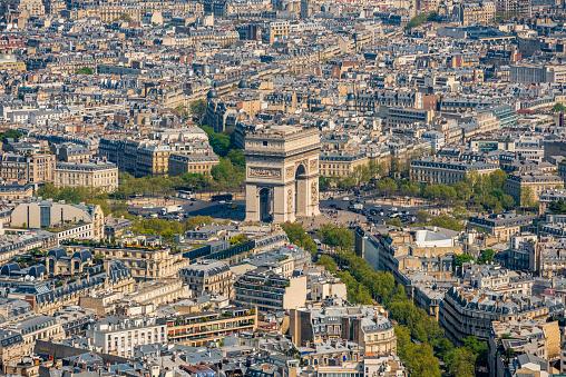 Arc de Triomphe - Paris「areal view over Paris with Arc de Triomphe」:スマホ壁紙(17)