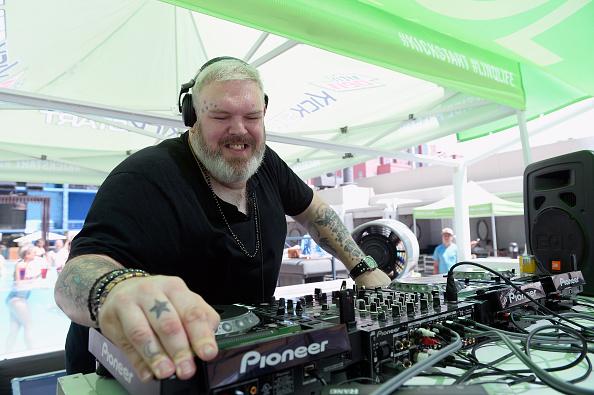 ネバダ州「Kristian Nairn DJs At The POOL @ The LINQ」:写真・画像(1)[壁紙.com]