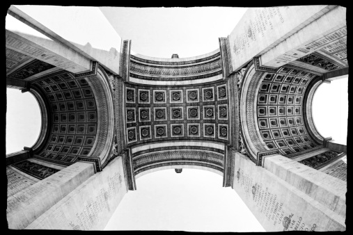 Arc de Triomphe - Paris「Under the Arc de Triomphe, Paris」:スマホ壁紙(17)
