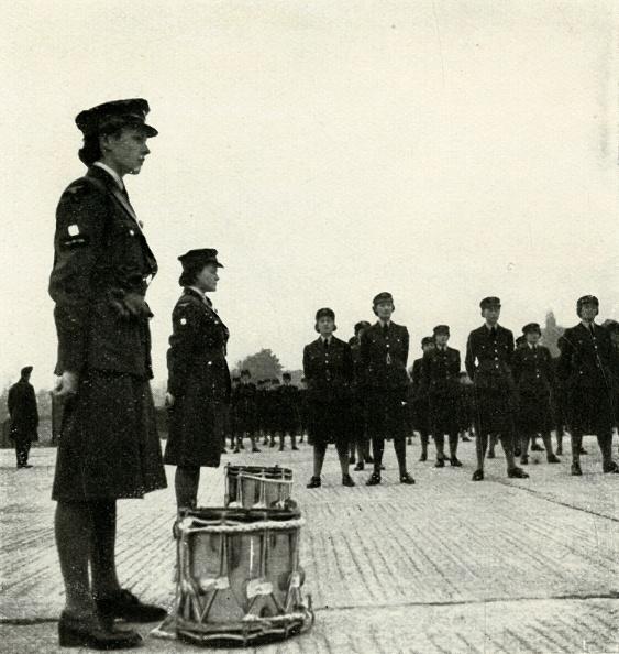 WAAF「WAAF Band On Parade」:写真・画像(11)[壁紙.com]