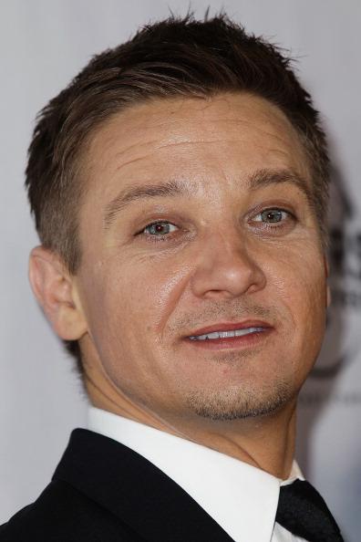"One Man Only「""The Bourne Legacy"" Australian Premiere」:写真・画像(1)[壁紙.com]"