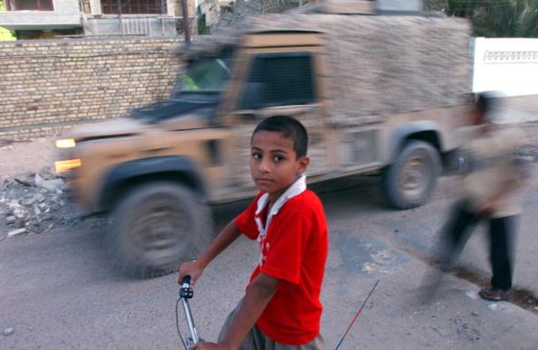Focus On Foreground「British Troops Living In Basrah」:写真・画像(18)[壁紙.com]