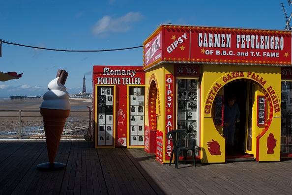 Art and Craft Product「Blackpool」:写真・画像(11)[壁紙.com]