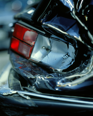 Physical Disability「Damage to the rear part of a car」:スマホ壁紙(8)