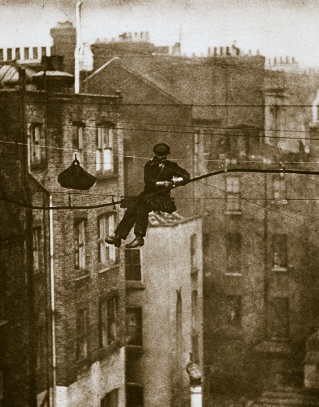 Repairing「Inspecting A Telephone Cable Between Conduit And Maddox Streets 20th Century」:写真・画像(11)[壁紙.com]