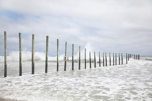 North Carolina - US State「ocean fence at the Virginia North Carolina Line」:スマホ壁紙(4)