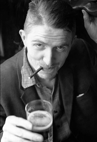 Drinking Glass「Billy Childish」:写真・画像(17)[壁紙.com]