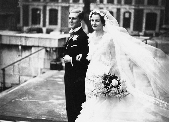 Wedding Dress「Mitford Marries Rodd」:写真・画像(17)[壁紙.com]