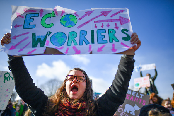 Environment「UK Students Strike Against Climate Change」:写真・画像(5)[壁紙.com]