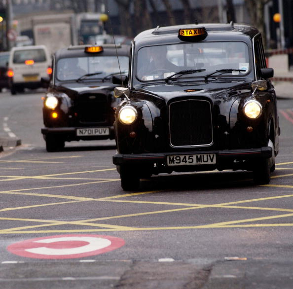 Taxi「Congestion Charging Begins In London」:写真・画像(7)[壁紙.com]
