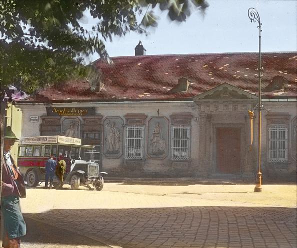 Middle Class「The old post office in Purkersdorf. Vienna Woods (Wienerwald). Lower Austria. Hand-colored lantern slide. Around 1920」:写真・画像(19)[壁紙.com]