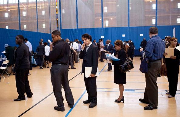 Waiting「Job Fair Held In New York」:写真・画像(0)[壁紙.com]