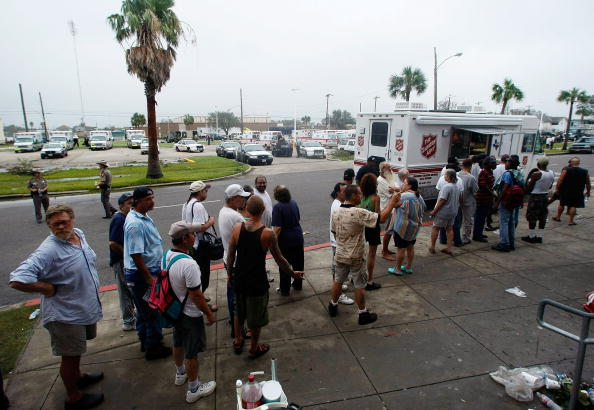 Hurricane Ike「Coastal Texas Faces Heavy Damage After Hurricane Ike」:写真・画像(18)[壁紙.com]