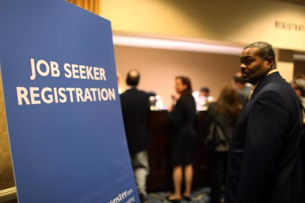 Recruitment「National Unemployment Rate Reaches 10.2 Percent」:写真・画像(7)[壁紙.com]