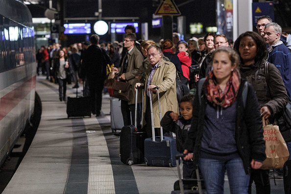 Waiting「Rail Strike Looms As Talks Between GDL And Deutsche Bahn Break Down」:写真・画像(7)[壁紙.com]