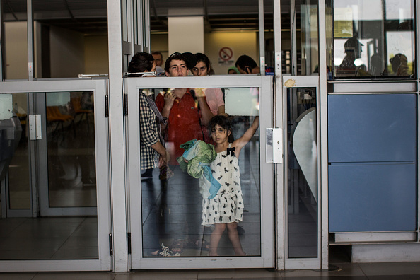 Waiting「Tensions Remain High At Israeli Gaza Border」:写真・画像(6)[壁紙.com]